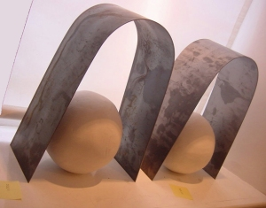 Clay and steel sculpture at MoMa Machynlleth.