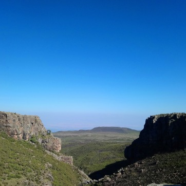 bale-mountains-national-park-blue-sky-4000m-sera-james-irvine