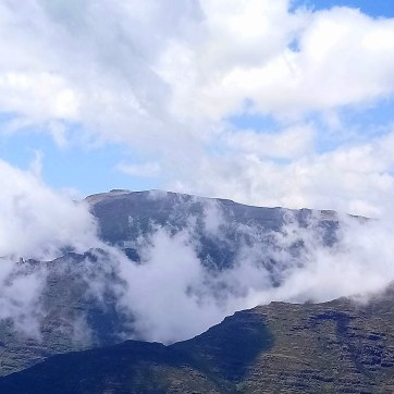 Bale-Mountains-Sanetti-Plateau-4000m-clouds-Sera-James-Irvine