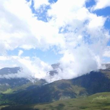 Bale-Mountains-Sanetti-Plateau-clouds-harenna-4000m-Sera-James-Irvine